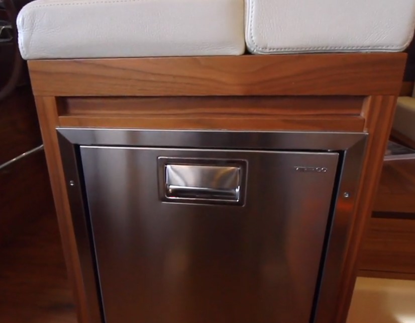 Helm seat fridge