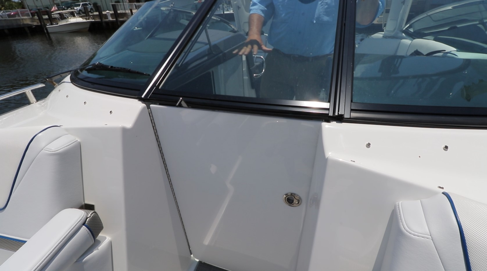 Closed bow door and windshield