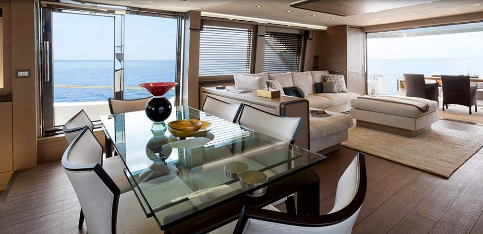 Monte Carlo Yachts 80 dining