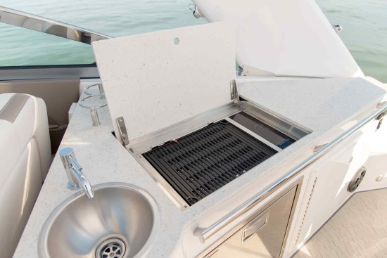 Regal 33 XO electric grill