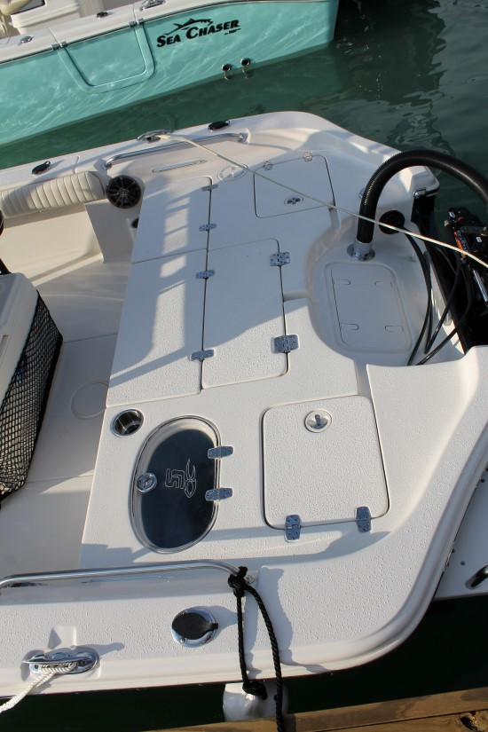 Sea Chaser 23 LX rear deck