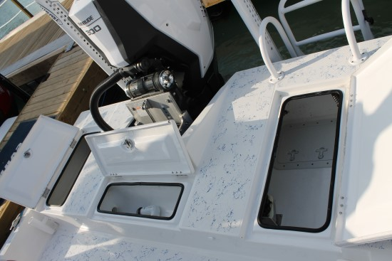 Shallow Sport 25 X3 rear deck open 2