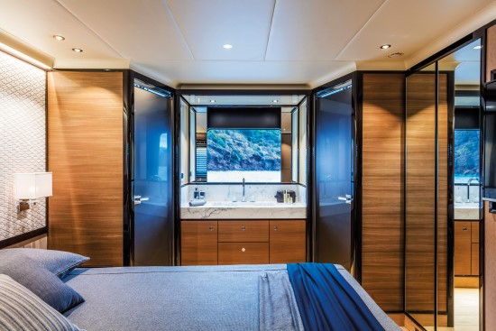 Absolute Navetta 73 two doors