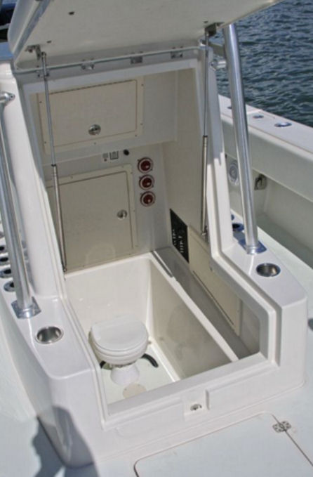 Andros Boatworks Offshore 32 head