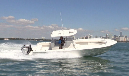 Andros Boatworks Offshore 32 running shot