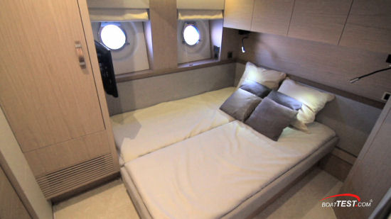 Beneteau Monte Carlo 6 guest stateroom