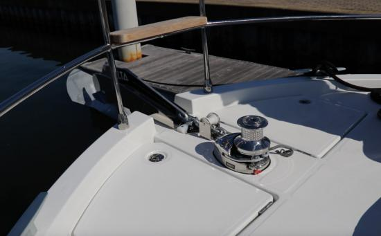 Beneteau Swift Trawler 35 windlass