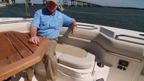 Boston Whaler 380 Outrage seat down