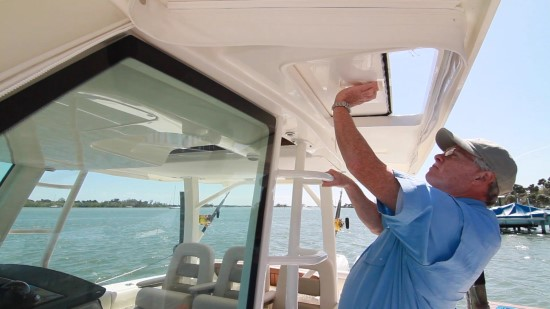 Boston Whaler 380 Outrage tower access