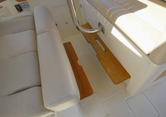 Boston Whaler 380 Realm foot rests