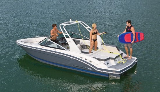 Chaparral 227 SSX Surf life style