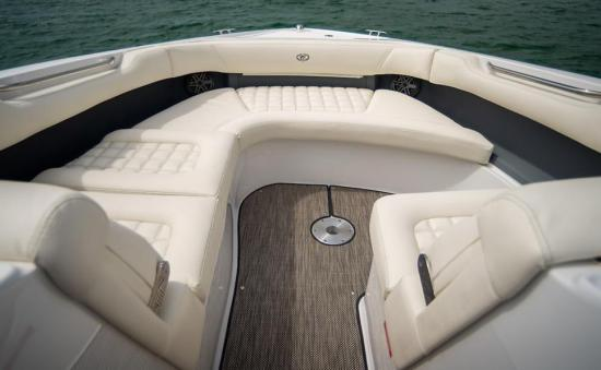 Cobalt 30SC bow seating
