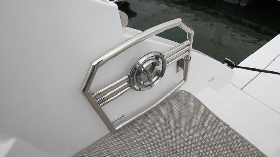 Cruisers Yachts 46 Cantius gate