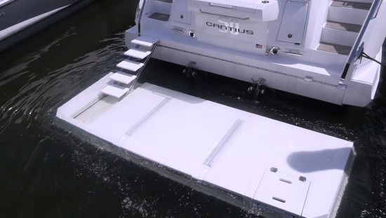 Cruisers Yachts 50 Cantius submerged stern platform