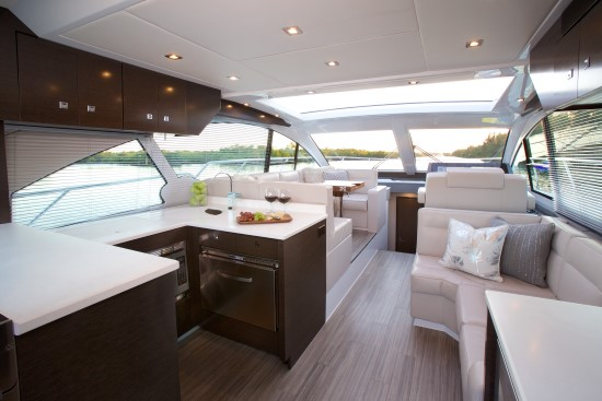 Cruisers Yachts 50 Cantius upper salon