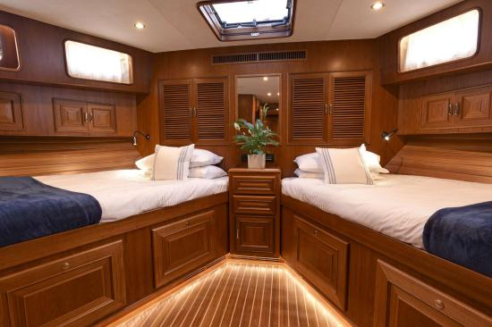 Fleming Yachts 78 twin beds