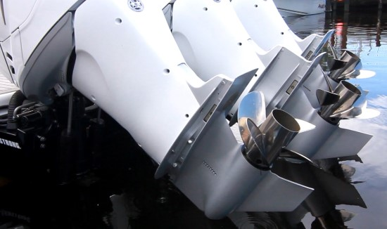 Formula 350 CBR OB three outboards