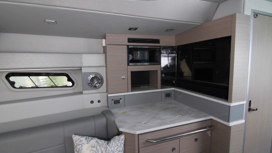 Formula 430 All Sport Crossover galley
