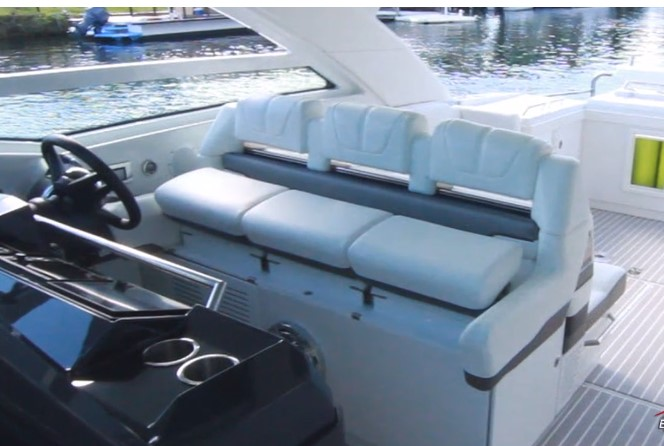 Formula 430 All Sport Crossover three across seating