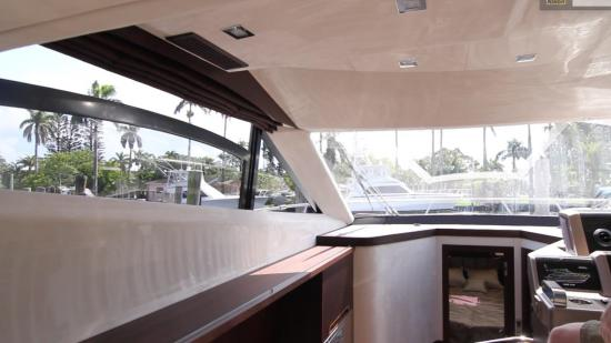 Galeon 420 Fly windows