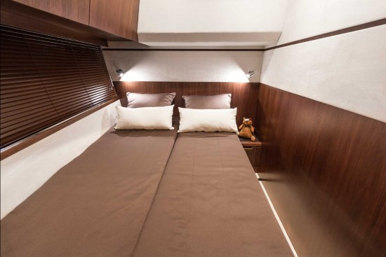 Galeon 560 Skydeck Overnight Accommodations