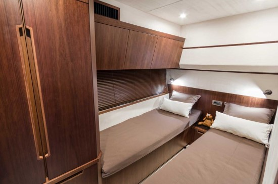 Galeon 560 Skydeck Guest Stateroom