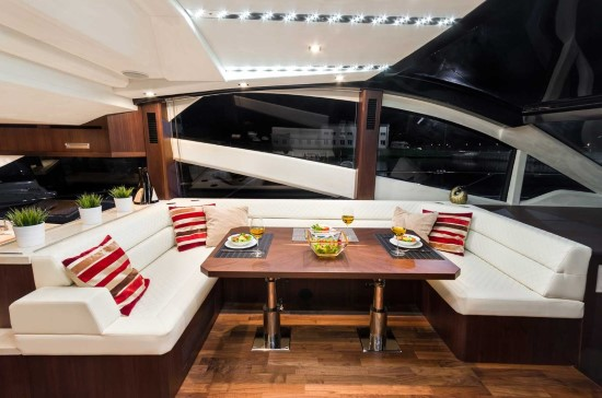 Galeon 560 Skydeck Salon Seating