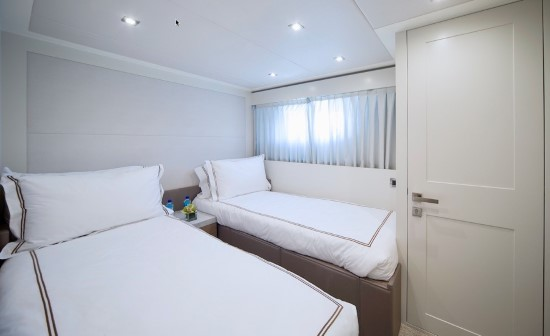 Hargrave 95 twin beds