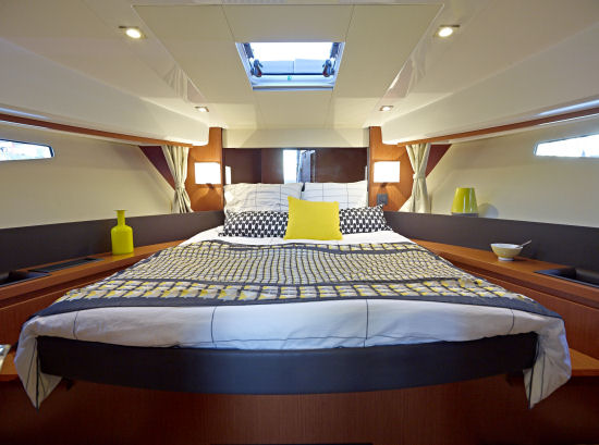 Jeanneau Velasco 37F owners stateroom