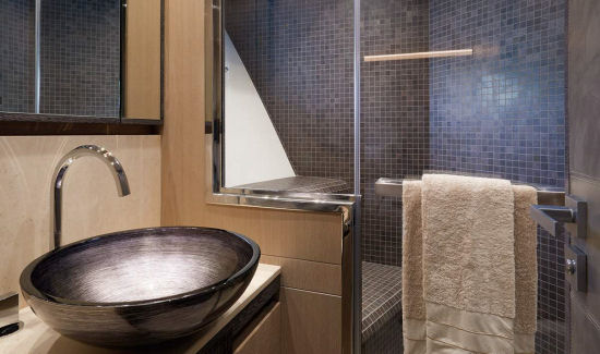 Monte Carlo Yachts 80 sink and shower