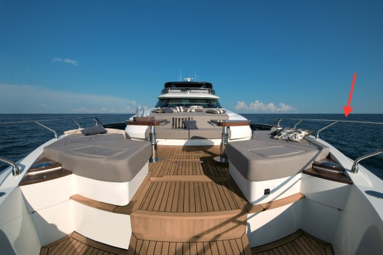 Monte Carlo Yachts 96 bow rails