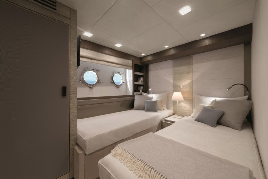 Monte Carlo Yachts 96 guest cabins