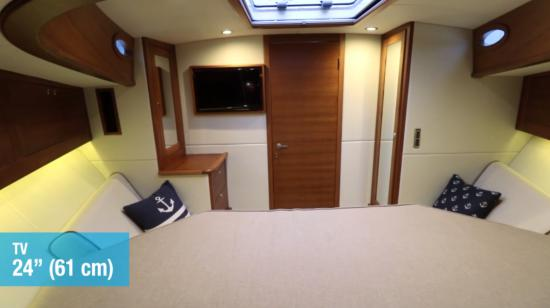 Palm Beach 50 master cabin