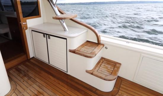 Palm Beach 50 side deck