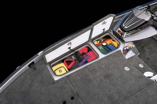 Ranger Boats Z520C indeck locker