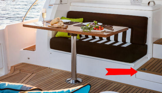 Riviera 52 Enclosed Flybridge cocktail table