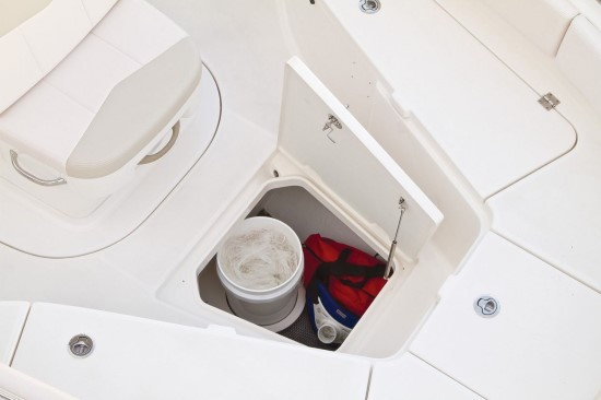 Robalo R242 in deck storage