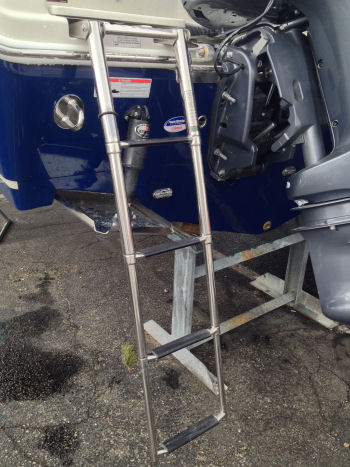 Sailfish 275DC reboarding ladder