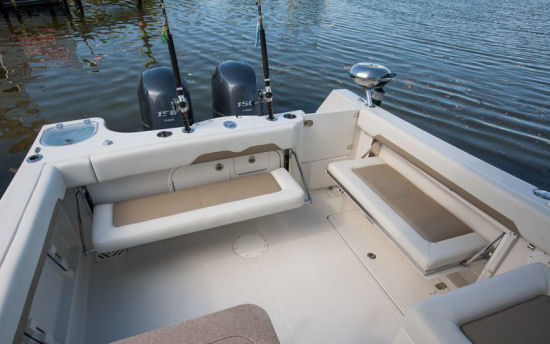 Sailfish 275DC rod holders