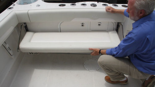 Sailfish 275DC stowed seat
