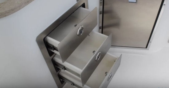 Sailfish 325 DC drawers