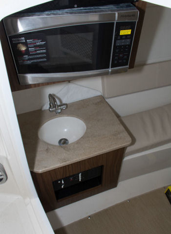 Sailfish 325 DC sink