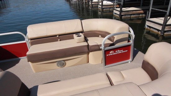 Sun Tracker Party Barge 22 XP3 arm rest