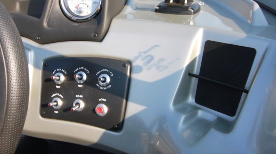 Tracker Pro Guide V-165 WT helm toggle