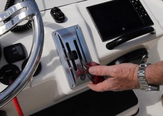 Yellowfin 24 CE throttle and shift